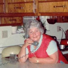 Ringer til min mor image